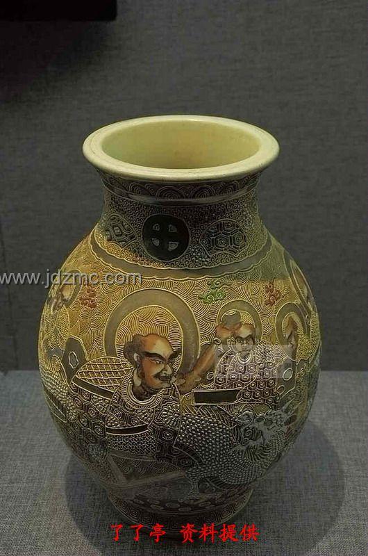 扬州博物馆内一组日本瓷器