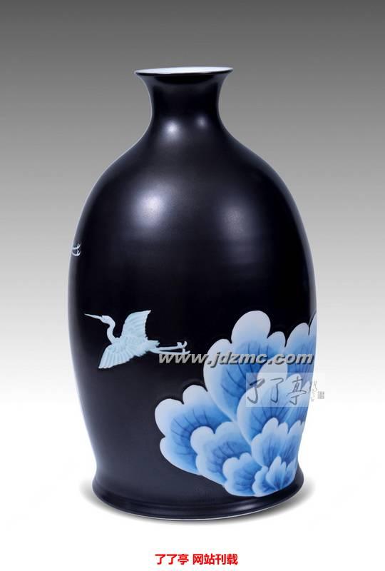 """7501""""造型原创设计者)合作编著了《日用陶瓷造型设计》和《宋代"""