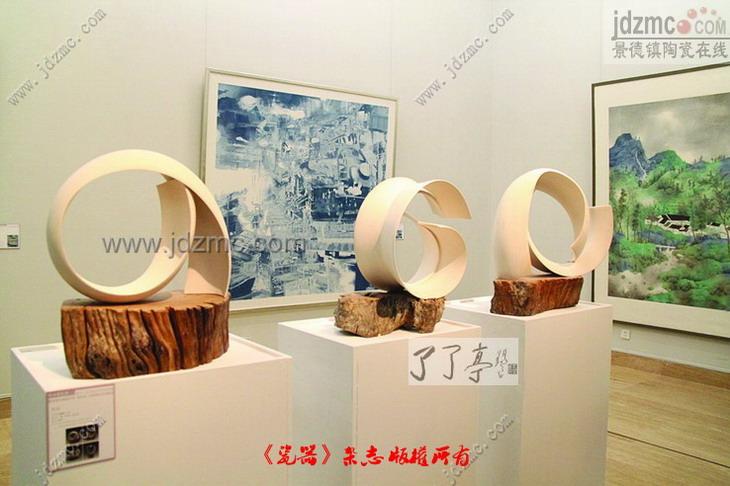 张婧婧从没有想过自己设计的作品能够冲过层层筛选,夺得陶艺类铜奖
