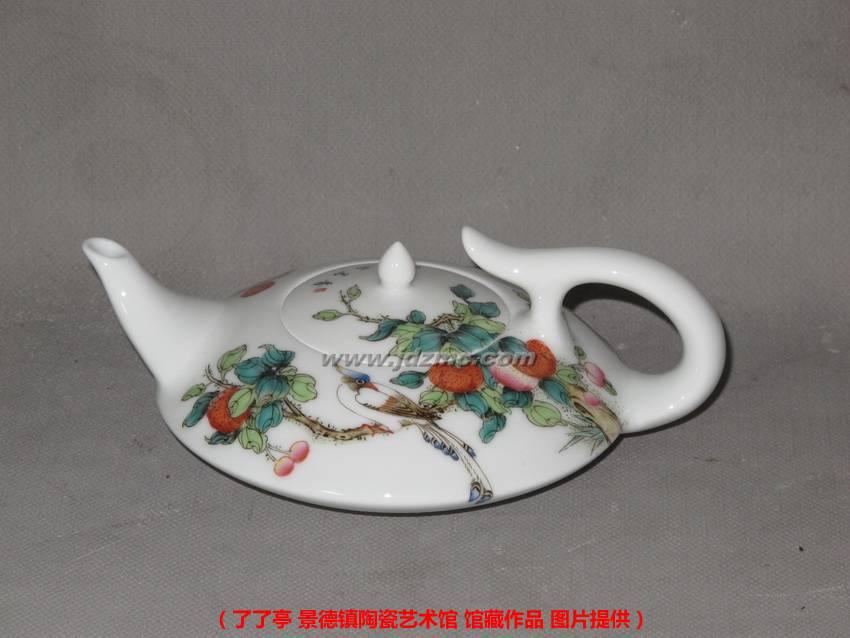 充分的考虑了茶壶的画面构造