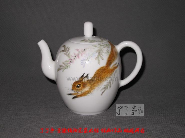 景德镇陶瓷在线 名家茶壶,精品小件 吴锦华(国大师) >> 小件正文  &